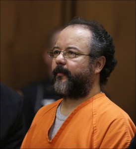 Ariel-Castro-sits-in-the-courtroom-during-the-sentenc